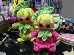Pea Babe Doll - Free Amigurumi Pattern here: http://zodwollopp.webs.com/emilspeababepattern.htm