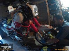 Yamaha XTZ 750 Super Tenere front suspension