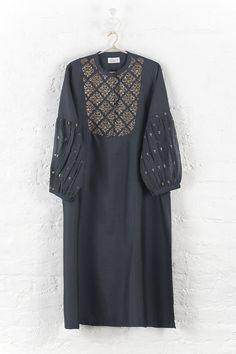 Pattu Saree Blouse Designs, Kurti Neck Designs, Kurta Designs Women, Kurti Designs Party Wear, Fancy Dress Design, Stylish Dress Designs, Pakistani Formal Dresses, Pakistani Dress Design, Indian Designer Outfits