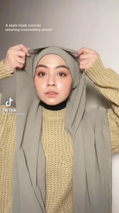 Hijab Fashion Summer, Modern Hijab Fashion, Hijab Fashion Inspiration, Korean Girl Fashion, Muslim Fashion, Hijab Turban Style, Mode Turban, Simple Hijab Tutorial, Hijab Style Tutorial