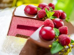 Шоколадно-Малиновый Муссовый Торт Chocolate Raspberry Mousse Cake, Raspberry Cake, Sweet Life, Cooking Time, Cake Recipes, Cheesecake, Food And Drink, Sweets, Baking