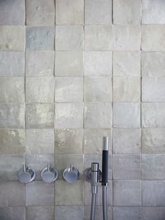 Zellige tiles in the bathroom Attic Bathroom, Grey Bathrooms, Bad Inspiration, Bathroom Inspiration, Bathroom Ideas, Grey Interior Design, Room Tiles, 50 Shades Of Grey, Decoration