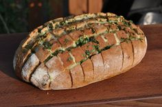 käse-zupfbrot-KaseZupfbrot05-Käse-Zupfbrot – Partybrot mit Kräutern und Käse