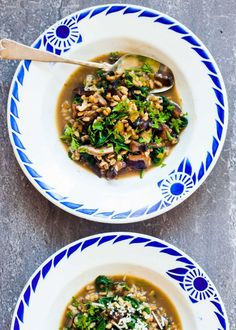 How to Make Spinach, Farro, and Mushroom Soup Breakfast Recipe