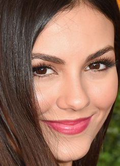 Close-up of Victoria Justice at the 2015 Veuve Clicquot Polo Classic.
