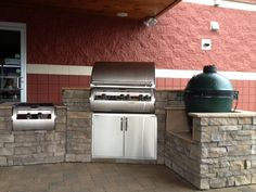 This compact outdoor kitchen features a Fire Magic Grill with a power burner and a large Big Green Egg. These two BBQ grills paired together are unbeatable. www.finesgas.com