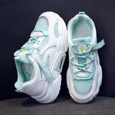 Cute Sneakers, Girls Sneakers, Girls Shoes, Cute Shoes For Teens, Futuristic Shoes, Nike Shoes Air Force, White Nike Shoes, Swag Shoes, Chunky Shoes