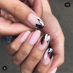 Stylish: Trends for the Perfect Mat Manicure for Spring 2019 - Nail Polish Ideas Nails And More, Hair And Nails, My Nails, Grow Nails, Minimalist Nails, Nail Polish, Gel Nail Art, Nailart, Acrylic Nail Designs