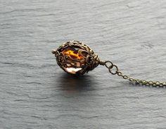 Kette - Dark Peach von Perlenfontäne auf DaWanda.com