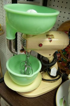 A big vintage Sunbeam stand mixer with jadeite bowls that I spotted at the Somewhere in Time Antiques Mall in Radcliff, Kentucky. 53 photos in this story -- lots of great stuff.