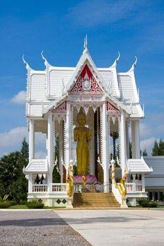Hua Hin, Thailand    White Temple