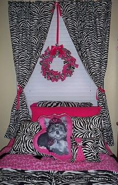 """More creative ideas for her """"big girl"""" room one day...(except for the dog pillow) :)"""