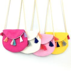 New Children Summer Colorful Fabric Bag Tassel Soft Kids Messenger Bag Cool Canvas Casual Small Bag Vintage Design Baby Gifts Kids Messenger Bags, Diy Bags No Sew, Kids Purse, Crochet Shell Stitch, Diy Handbag, Fabric Bags, Girls Bags, Diy For Girls, Handmade Bags