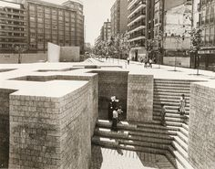 The Basque Liberties Plaza, Eduardo Chillida Space Architecture, Historical Architecture, Urban Landscape, Landscape Design, Industrial Sculptures, Urban Fabric, Urban Furniture, Parcs, Urban Planning