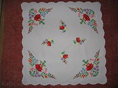 embroidered clothing | http://www.kalocsa-embroidery.com/hungarian-embroidery.html