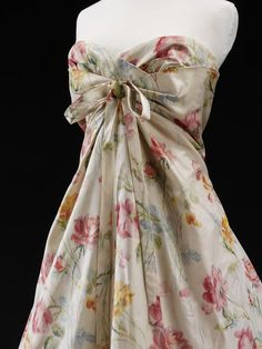 Dior 'Monte-Carlo' Dress . Designed by Christian Dior in 1956. Printed silk taffeta, lined with voile, cotton net, boned, nylon.