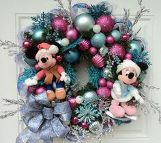 Disney Christmas Wreath Mickey and Minnie Mouse Ice Skating | eBay