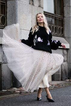 For anyone who is looking for a fancier take on sweaters and cardigans, there are so many options where to select from. My personal favorites are floral embroidered detailing and glamorously embellished buttons when I want to elevate my look. Relaxed and oversized knits are made to pair with straight legged jeans or figure-flattering miniskirts. Tight knitwear looks perfect with flowing skirts and slouchy trousers. STYLING by ANNA VALKIA / SWEATER CHICWISH Lace Skirt, Sequin Skirt, Cardigans, Sweaters, Fashion Stylist, Spring Outfits, Knits, Knitwear, Most Beautiful