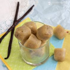 The KetoDiet Blog | Easy Vanilla Fat Bombs...Uses macadamia nuts