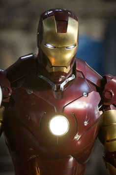 Marvel movies in chronological order - how to watch MCU films before Endgame Iron Man Iron Man Avengers, Marvel Avengers Assemble, Marvel Heroes, Marvel Characters, Marvel Movies, Video Iron Man, Avengers Cartoon, Avengers Comics, Iron Man Art
