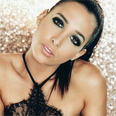 La bella @mariale es una youtuber venezolana divertida y carismática Sin duda  una de nuestras favoritas! - #tumaqui #makeup #maquillaje #tips #belleza #contorno #makeuplover #makeuprevolution #labios #lipstick #iluminador #vidademaquilladora #gloss #blogger #envios #gratis #nacional #internacional #box #productos #instamakeup #base #blush #maquillador #delineador #makeupaddict #fashion #mujer #moda #makeupfan