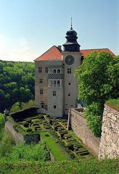 "Pieskowa Skala Castle, Poland. ""The position of this castle really lends to the fairy tale feel you get when visiting Pieskowa Skala. Dating back to the 14th century, the castle sits on a limestone cliff and is part of a series of castles built to protect the area during Medieval times. Pieskowa Skala castle is inside the Ojcow National Park and was built in the Renaissance style."""