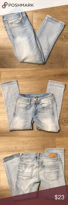 American Eagle Crop Jeans Perfect condition. Size 2. Artist Crop style American Eagle Outfitters Jeans