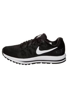 Nike Performance. AIR ZOOM VOMERO 12 - Laufschuh Neutral - black/white. Sohle:Kunststoff. Innensohle - Technologie:OrthoLite für ein optimales Fußklima. Obermaterial:Textil/Synthetik. Verschluss:Schnürung. Fütterungsdicke:kalt gefüttert. Abrollbewegung:neutrales Abroll... Air Zoom, Neutral, Sneakers Nike, Shoes, Fashion, Technology, Runing Shoes, Keep Running, Cold