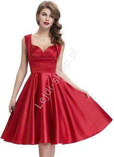 Czerwona sukienka w stylu retro , zaplisowania na biuście   rozkloszowane…