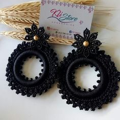 Image may contain: 1 person, food Crochet Earrings Pattern, Beaded Earrings Patterns, Bead Earrings, Tatting Jewelry, Beaded Jewelry, Handmade Jewelry, Wire Weaving, Crochet Accessories, Crochet Flowers