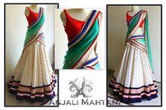 Anjali mahtani. Beautiful half Saree!