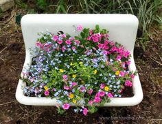 Tips for Planting in Vintage Sinks tips to planting a sink, container gardening, flowers, gardening, Garden Sink, Diy Garden, Garden Planters, Garden Art, Fall Planters, Outdoor Planters, Decoration Shabby, Decorations, Vintage Sink