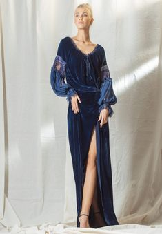 Felicia, Amy, Winter Outfits, Evening Dresses, Womens Fashion, Traditional, Woman, Evening Gowns Dresses, Gown Dress