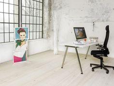 Referenzen : mafi Naturholzboden Grey Beige Paint, Beige Paint Colors, Paint Color Palettes, Roman And Williams, Natural Wood Flooring, Studio Apartment Decorating, Wall Accessories, Douglas Fir, Minimalism
