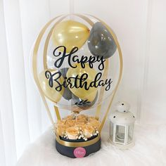 Personalised Gifts Diy, Personalized Balloons, Balloon Flowers, Balloon Bouquet, Diy Hot Air Balloons, Transparent Balloons, Mother's Day Gift Baskets, Birthday Balloon Decorations, Balloon Arrangements