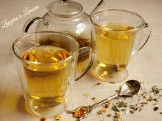 TISANA RILASSANTE Tea Cafe, Holistic Remedies, Herbal Tea, Tea Recipes, Coffee Time, Healthy Drinks, Italian Recipes, Smoothies, Herbalism