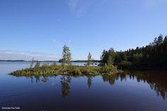 Turvelautta siirrettiin vinssillä vetäen Kyrkösjärvellä 21.7.2016 ja ilmeisesti poistetaan kokonaan kaivinkoneella pois järvestä. Katso ...