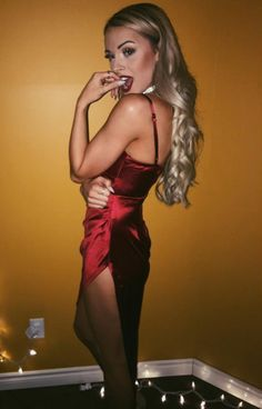 Do you know the name of this transgender woman? If so open image to a new page and leave any details on the comment section Transgender Girls, Stunningly Beautiful, Tgirls, Crossdressers, Sexy Outfits, Sexy Women, Bodycon Dress, Formal, Lady
