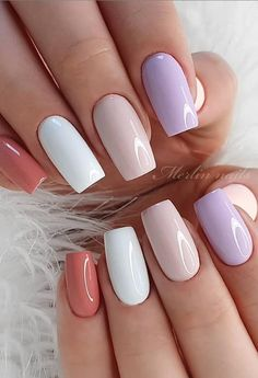 When you attend a dinner or formal occasion, this elegant nail is the best choice. You can use the nail polish and bright powder to shine. You don& need too difficult skills and too long to go out. It& a nail brush that everyone can easily use. Simple Acrylic Nails, Best Acrylic Nails, Acrylic Nail Designs, Nail Art Designs, Nails Design, Simple Nail Design, Simple Elegant Nails, Cute Simple Nails, Simple Art