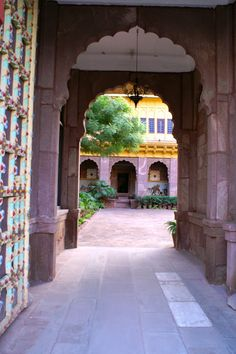 Pal Haveli, in the heart of Jodhpur. True glamour never fades...
