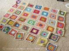 Joining Granny Squares … a nice and clear tutorial, easy to follow and loads of step by step photo's.from Carina's Craftblog.