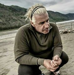 #Rammstein #LINDEMANN #tilllindemann #Yukon  Good morning..