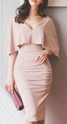 trendy outfit idea_nude v neck dress and bag