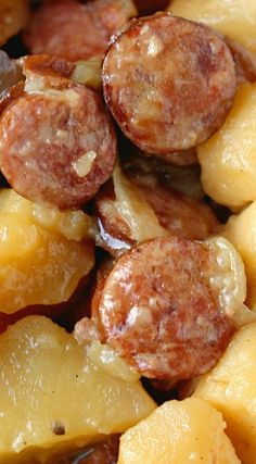 Sausage & Potatoes Crockpot Sausage & Potatoes - I would use red potatoes, they hold up to long cooking better than russets.Crockpot Sausage & Potatoes - I would use red potatoes, they hold up to long cooking better than russets. Crock Pot Food, Crockpot Dishes, Crock Pot Slow Cooker, Slow Cooker Recipes, Cooking Recipes, Slow Cooking, Cooking Turkey, Dinner Crockpot, Cooking Oil
