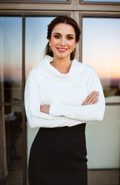 """jordanianroyals:  """"Her Majesty Queen Rania Al Abdullah of the Hashemite Kingdom of Jordan in an official portrait released in 2016  """""""