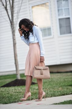25 Casual Work Outfits For Black Women - Bafbouf Cool Summer Outfits, Casual Work Outfits, Business Casual Outfits, Professional Outfits, Business Attire, Office Outfits, Work Attire, Work Casual, Classy Outfits