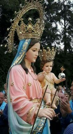 Holly Pictures, Jesus Pictures, Blessed Mother Mary, Blessed Virgin Mary, Jesus Wife, Benfica Wallpaper, Hail Holy Queen, Lady Madonna, Our Lady Of Sorrows