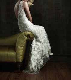 A-Linie Charmeuse und Tüll Blumen Stickerei Kristallen Brautkleid
