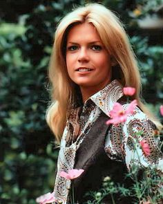 """Although she is probably best known as Michael J. Fox's mom in the '80s sitcom """"Family Ties,"""" Meredith Baxter first came on my radar in """"Bridget Loves Bernie"""" (1972-73) and later as Nancy in """"Family"""" (1976–80). She was also quite dreamy in movies like """"Ben"""" and """"All the President's Men."""""""