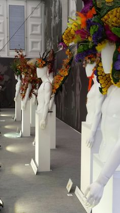 Flower mohicans, cross-dressing and tulip suits - a report from the 2016 RHS Chelsea Show. Rhs Flower Show, Rio Carnival, Florists, Pavilion, Tulips, Chelsea, Wreaths, Seasons, Canvas